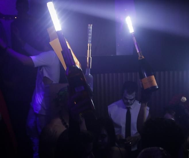 led-bottle-topper-led-nite-sparx-nite-sparx-bottle-baton-95783.1446665297.1280.1280.jpg